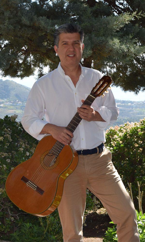 hector bannon: musico, cantante y guitarrista en malaga